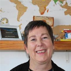 Lynne Buys